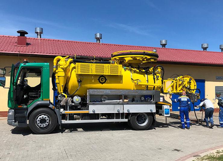 Nowy sprzęt do udrażniania i czyszczenia kanalizacji.